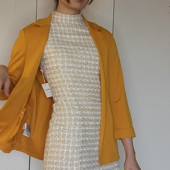 Super Comfortable Knit Blazer Yellow Gold sheen